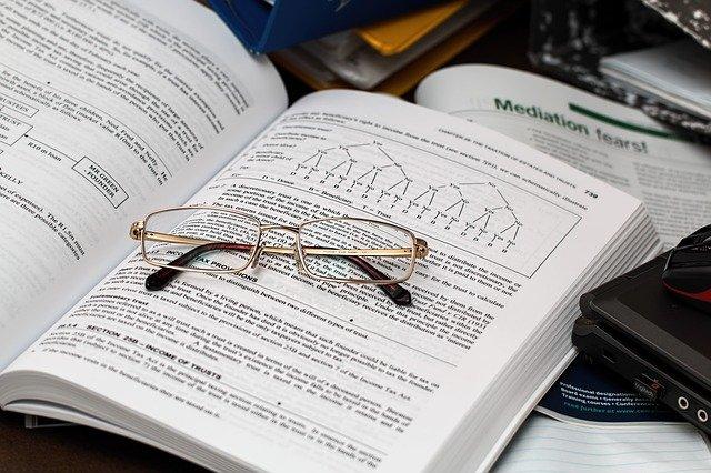 薬学部の勉強の参考書